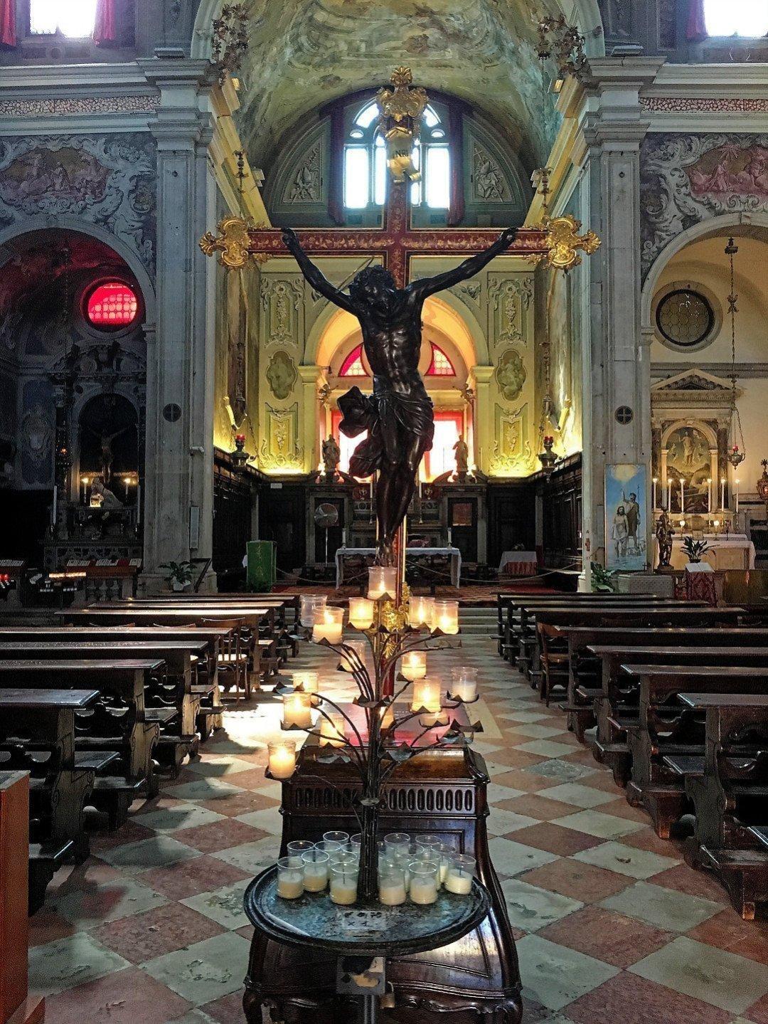 Interior de la iglesia de San Martino
