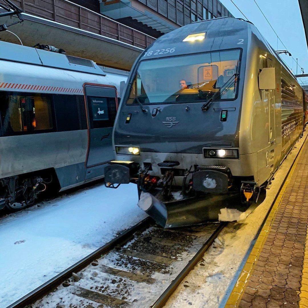 El Bergensbanen en la estación de Oslo