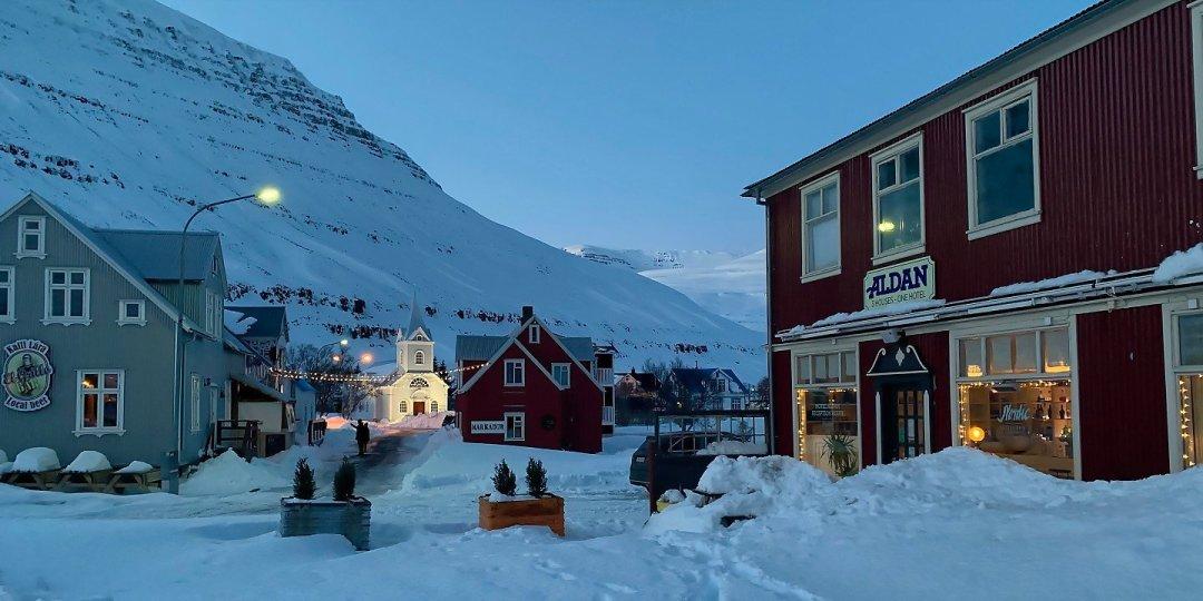 Atardecer en Seyðisfjörður