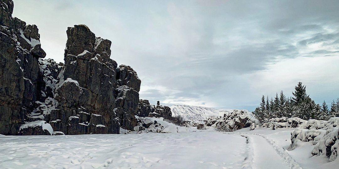 Almannagjá al norte de Öxarárfoss