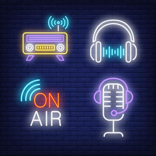 auriculares-radio-microfono-letreros-neon_1262-19593