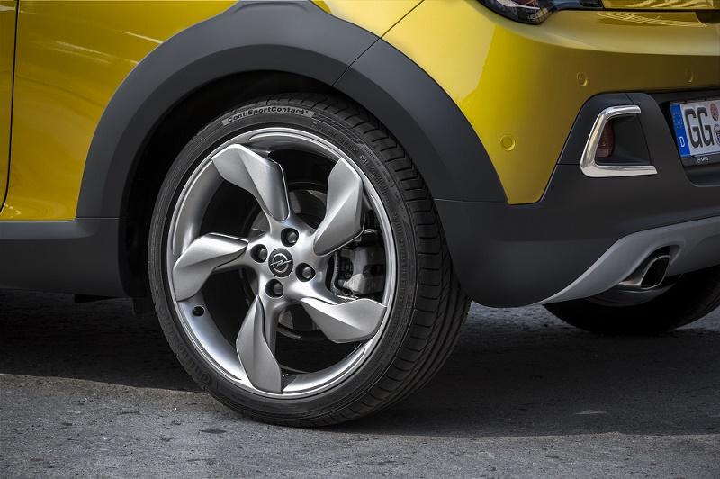 Opel Adam 4