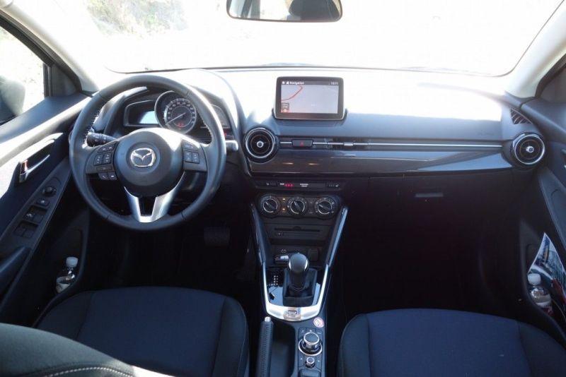 Mazda 2 2015 Innenraum Exlusive-Line