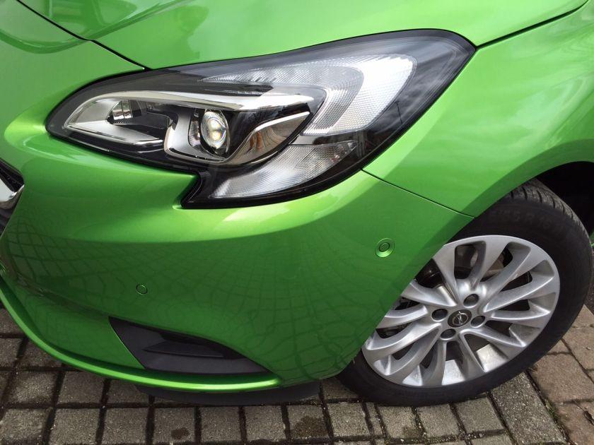 Opel Corsa Frontleuchte