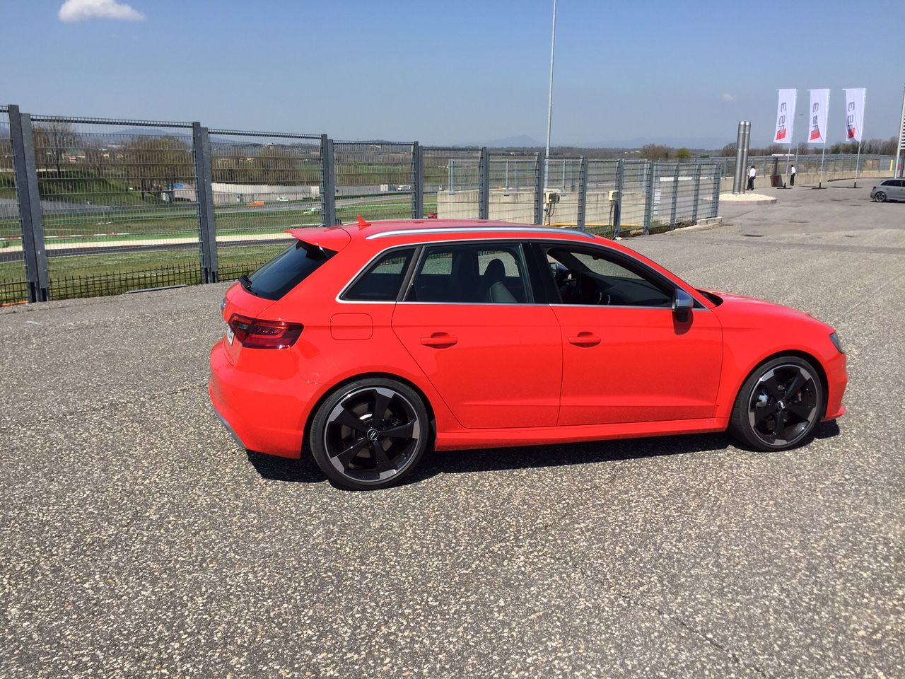 Audi RS3 Seite
