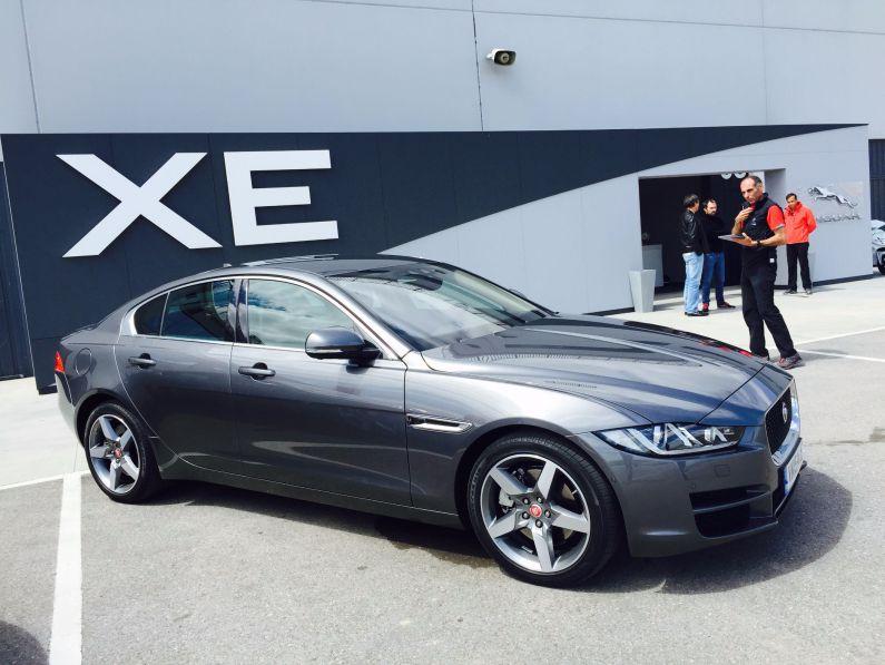 Jaguar XE Rennstrecke