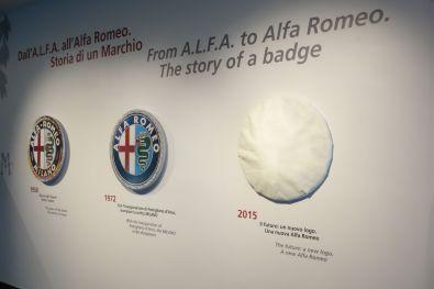 Alfa Romeo Badge 2015 verdeckt
