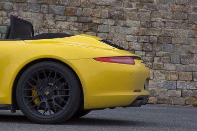Porsche 911 GTS Cabrio Dach Heck