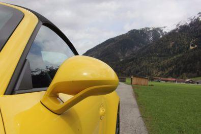 Porsche 911 GTS Heck Seitenspiegel