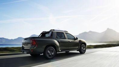 Renault Duster Oroch Seitlich