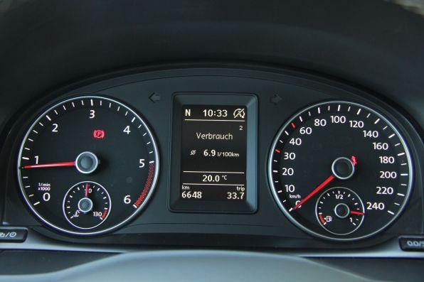 VW Caddy 2015 Kombiinstrument