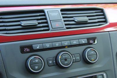 VW Caddy 2015 Mittelkonsole