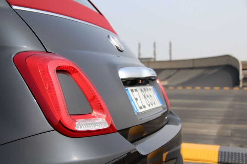 Fiat 500 2015 Rückleuchte Steilkurve Lingotto