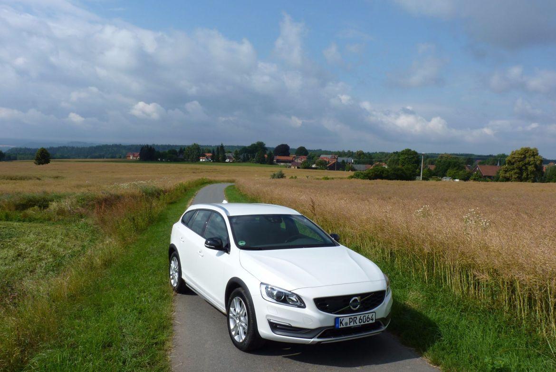 Des Lehrers neue Lieblinge ?- Volvo V60 und S60 Cross Country