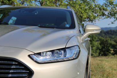 Ford Mondeo 2015 Adaptive LED-Scheinwerfer