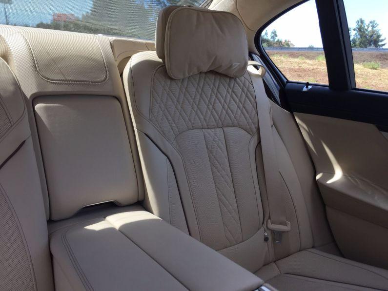 BMW 7 Rücksitze- 2015