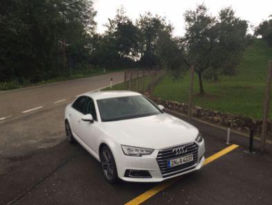 Audi A4 2015 von vorne