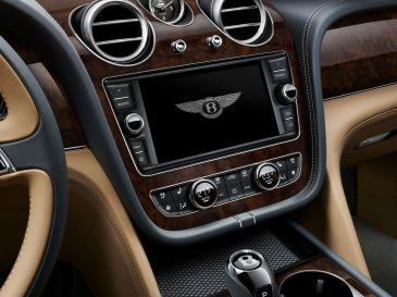 Bentley Bentayga 2015 Infotainment Mittelkonsole