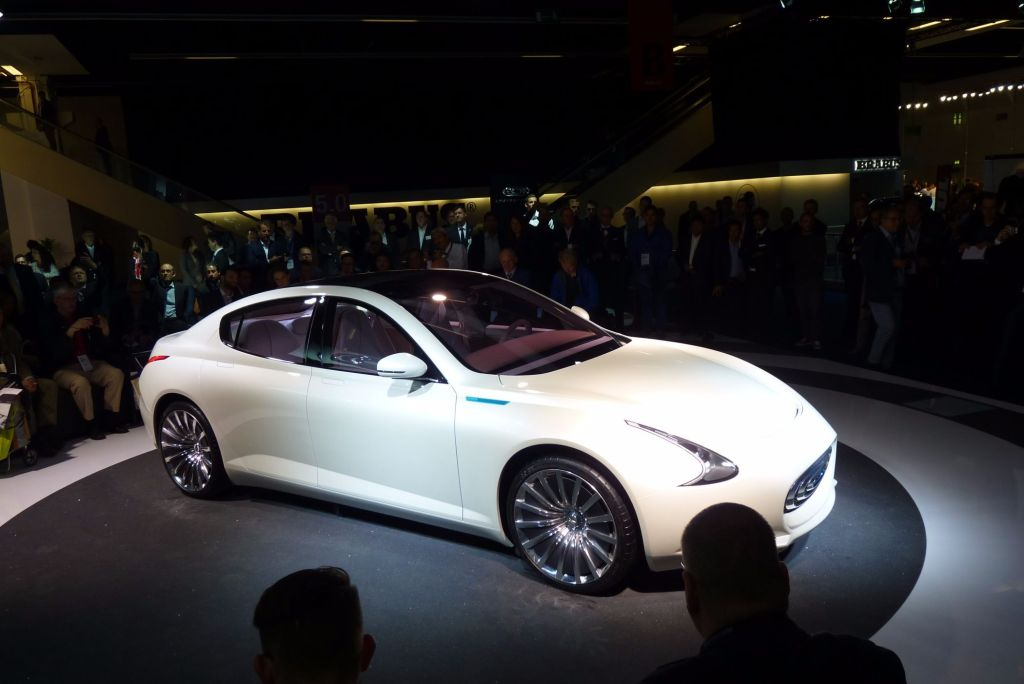 Neuer Tesla-Konkurrent? Auf der IAA 2015 enthüllt Thunder Power sein E-Mobil