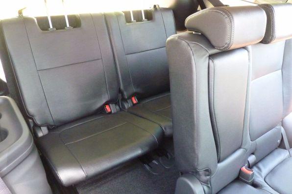 Mitsubishi Outlander Plug-in Hybrid dritte Sitzreihe 2015