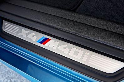 BMW X4 M40i 2015 Schriftzug