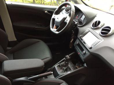 Seat Ibiza Innenraum 2015 (10)