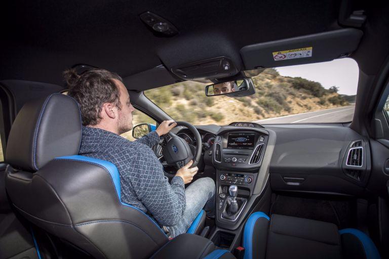 Falschfahrer-Warnfunktion im neuen Ford Focus
