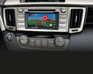 Toyota lockt mit Navi-Angeboten