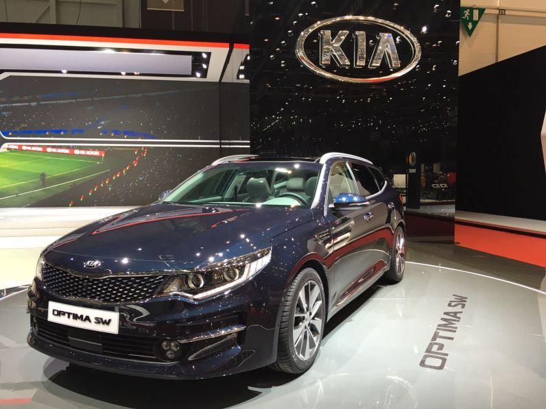 Kia Optima Sportswagon Front