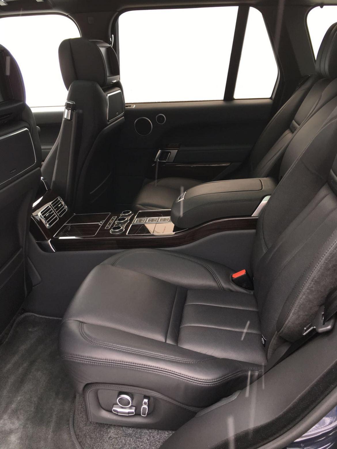 Range Rover SVAutobiography Rücksitze