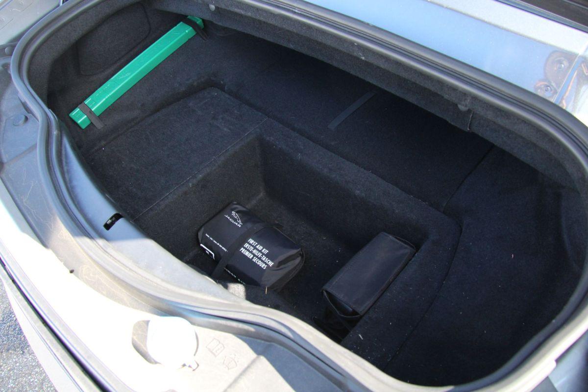 Jaguar F-Type R Kofferraum