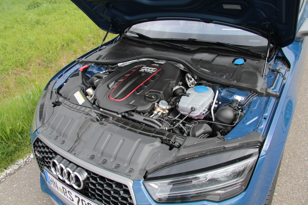 Audi RS 7 Performance Motor