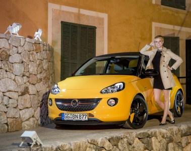 "Opel-Model Kim Hnizdo ist ""Germany's next Topmodel"" 2016"