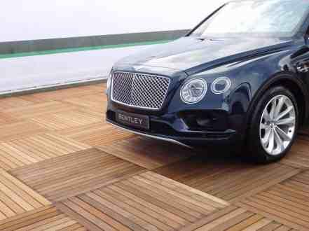 Bentley Bentayga Front