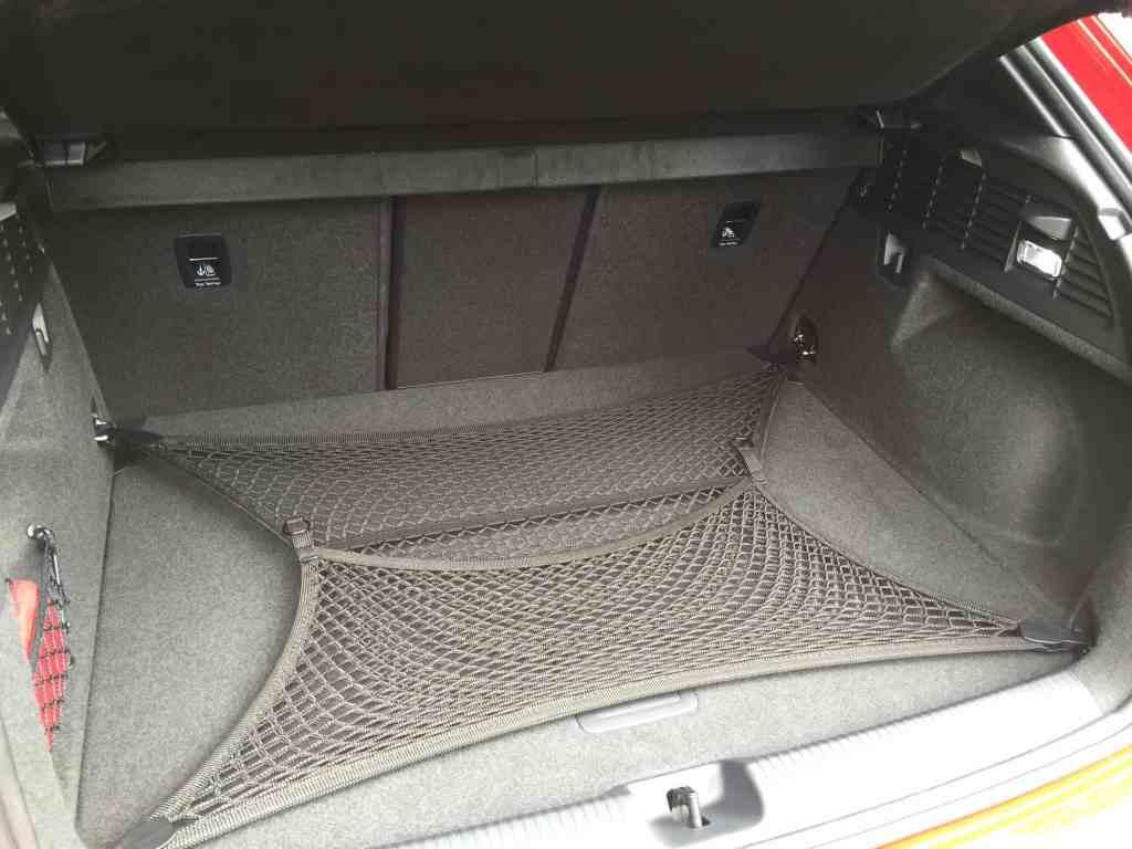 Der brandneue Audi Q2 - Sub-Kompakt-SUV für Stadt und Land