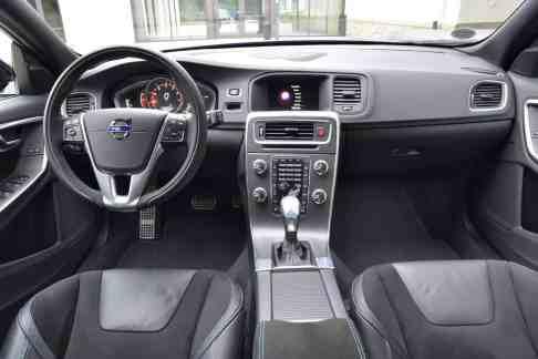 Volvo V60 Polestar Innenraum