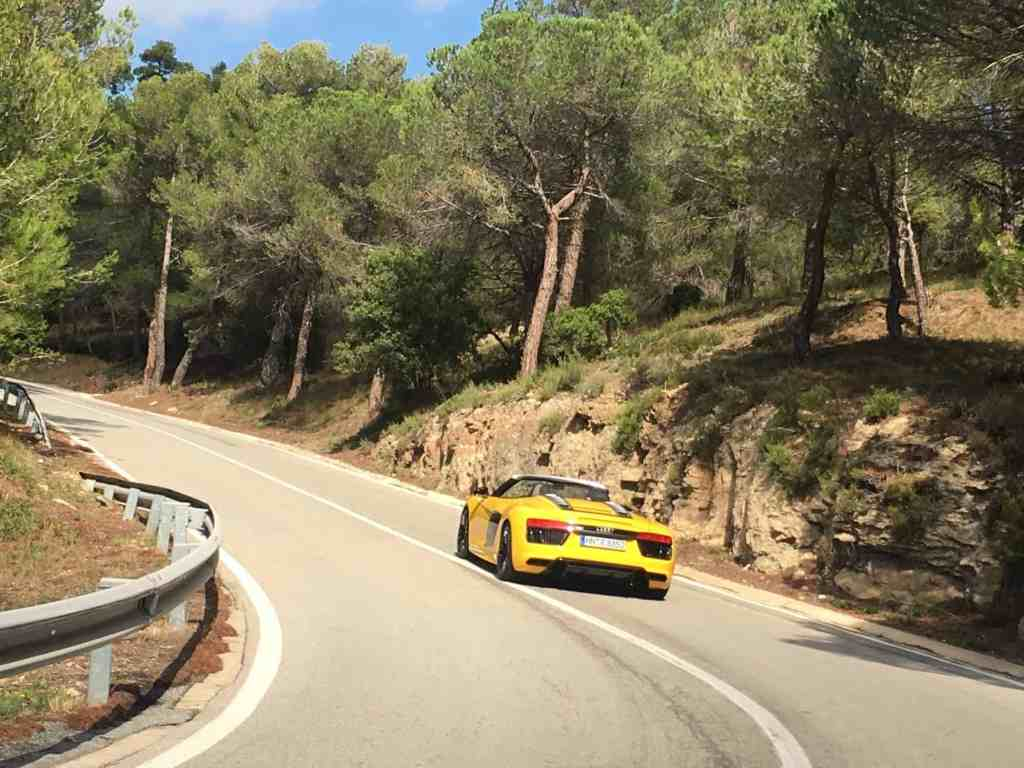 Der neue Audi R8 Spyder - Schiere Kraft und Fahrdynamik treffen auf Frischluftvergnügen