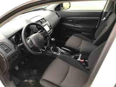 Mitsubishi ASX Innenraum/ www.der-autotester.de