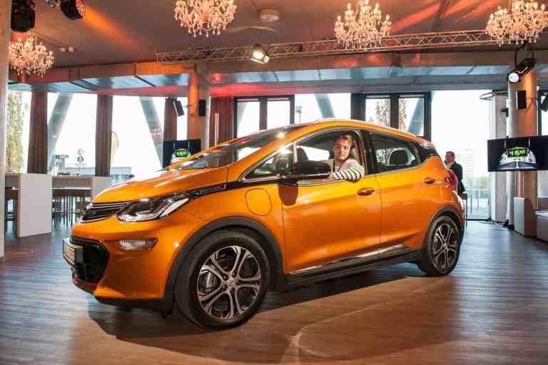 Europa-Verkaufsstart des Opel Ampera-e