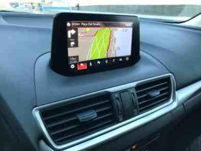 Mazda3 7-Zoll-Farb-Touchdisplay