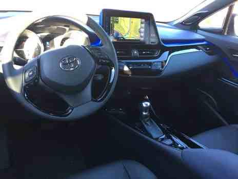 Toyota H-CR Cockpit