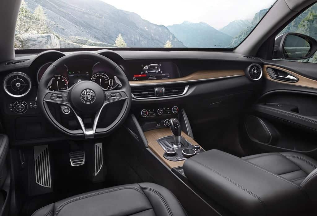Alfa Romeo Stelvio First Edition – erstes SUV der Marke startet mit Turbobenziner