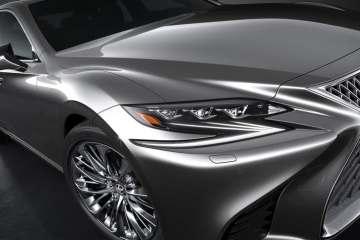 Detroit 2017: Lexus zeigt 5. Generation des LS