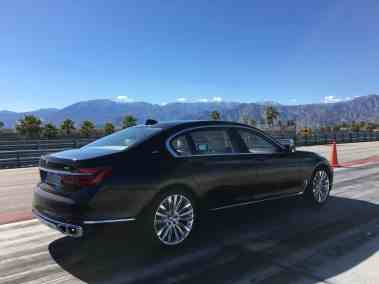 BMW M760Li xDrive 2017