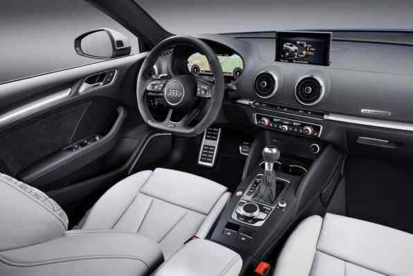Audi RS3 Sportback. Cockpit