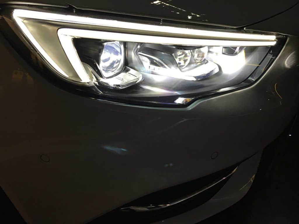 Opel Insignia Grand Sport 2.0 DIT 4x4 LED-Frontscheinwerfer