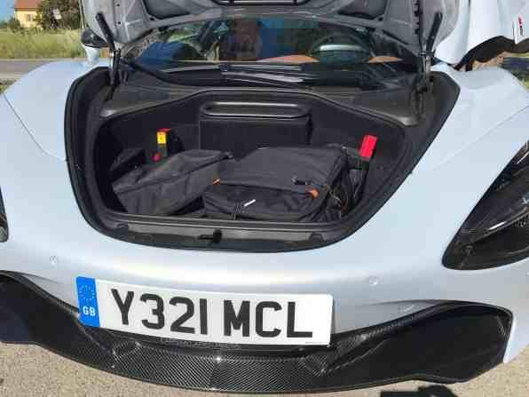 McLaren 720S Luxury Gepäckraum