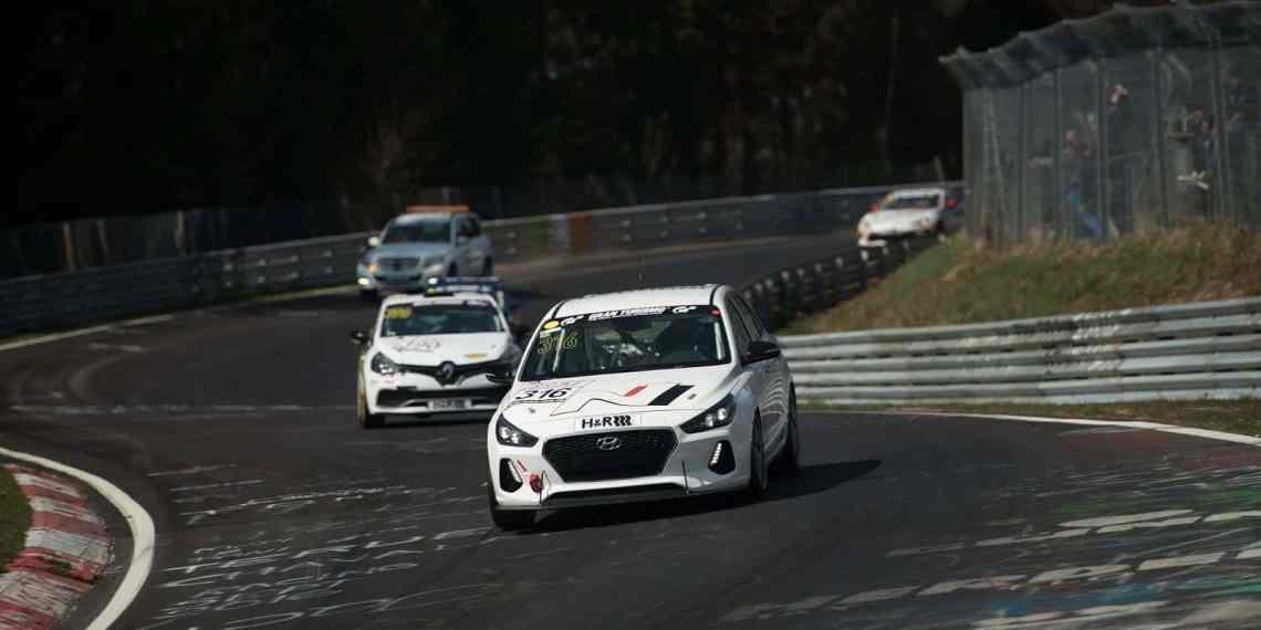 Hyundai testet den i30 N auf dem Nürburgring