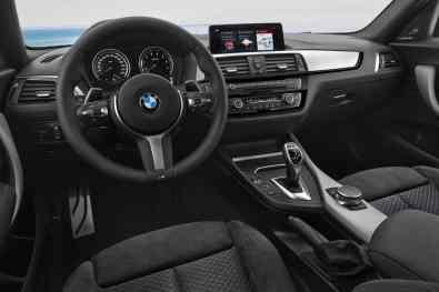 BMW M140i Cockpit