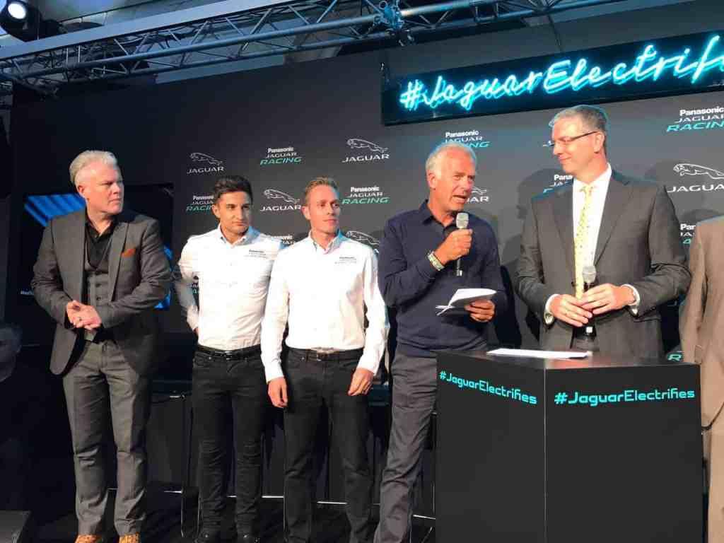 Formel 1-Experte Christian Danner (2. von rechts)